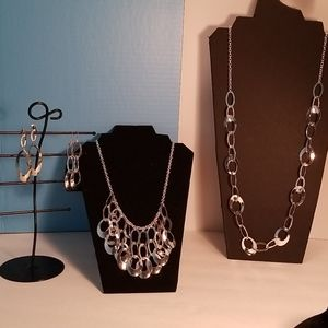 Necklace, 2 lengths, 2 pairs earrings